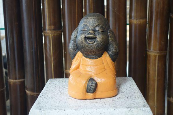 Buddha nichts hören, sehen, sagen Shaolin Mönche Lava Stein orange