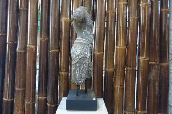 Büste Mann Torso Figur Statue Antik Lavastein Asian Skulptur Garten Deko K034